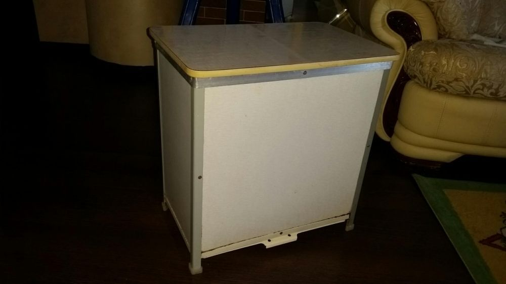Табурет-контейнер для овощей