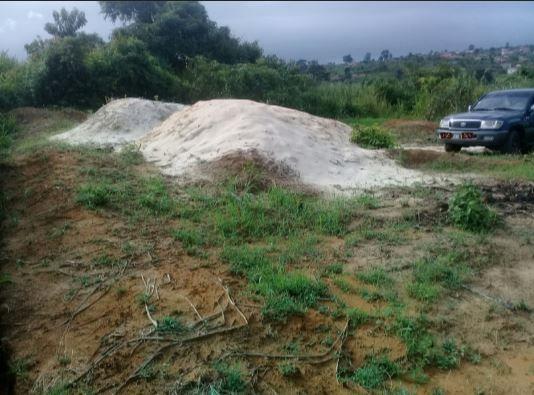 Vendendo um terreno de 22x20 em Cabinda no Bairro Tchichiako