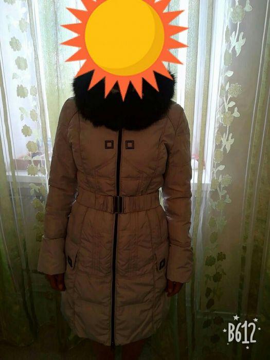 Продам зимнюю куртку на пуху