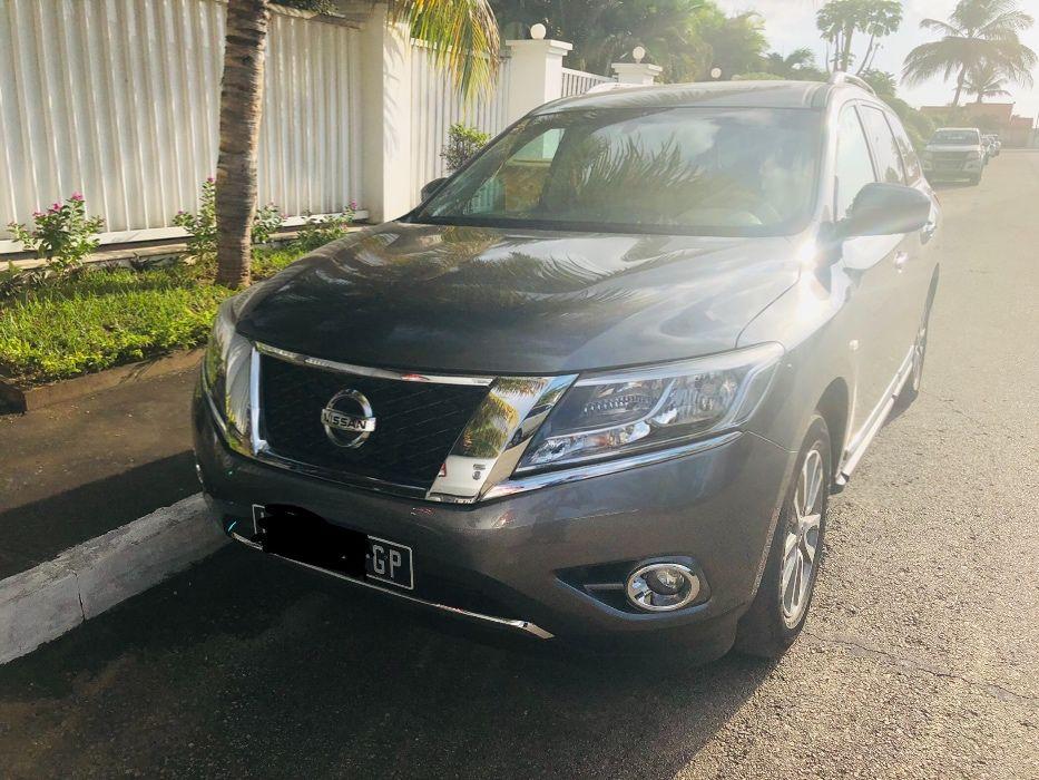 Nissan Pathfinder Full 2015