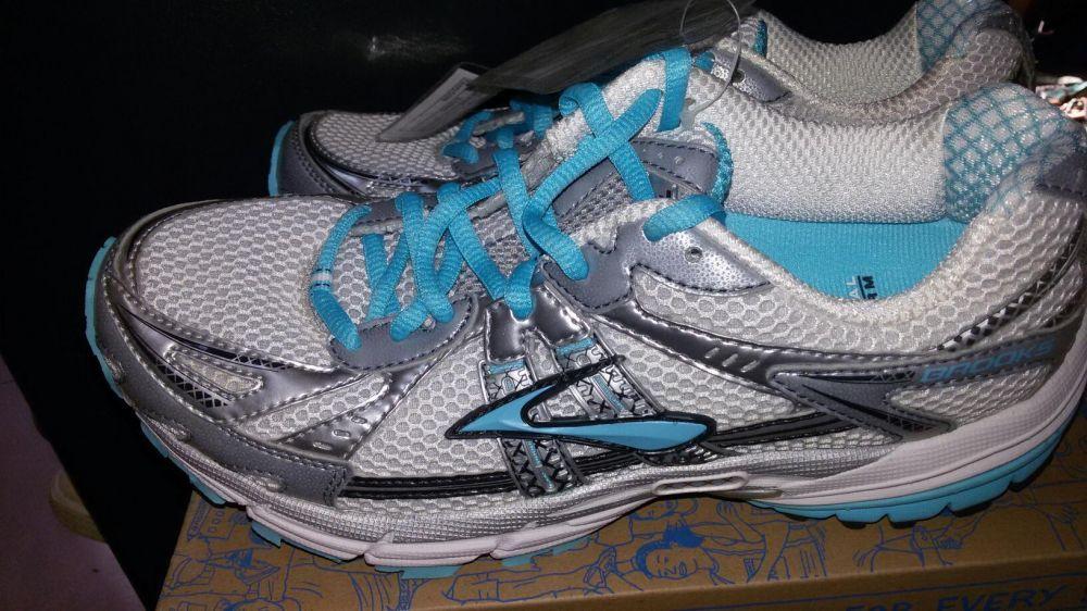 Brooks running shoes nr 39