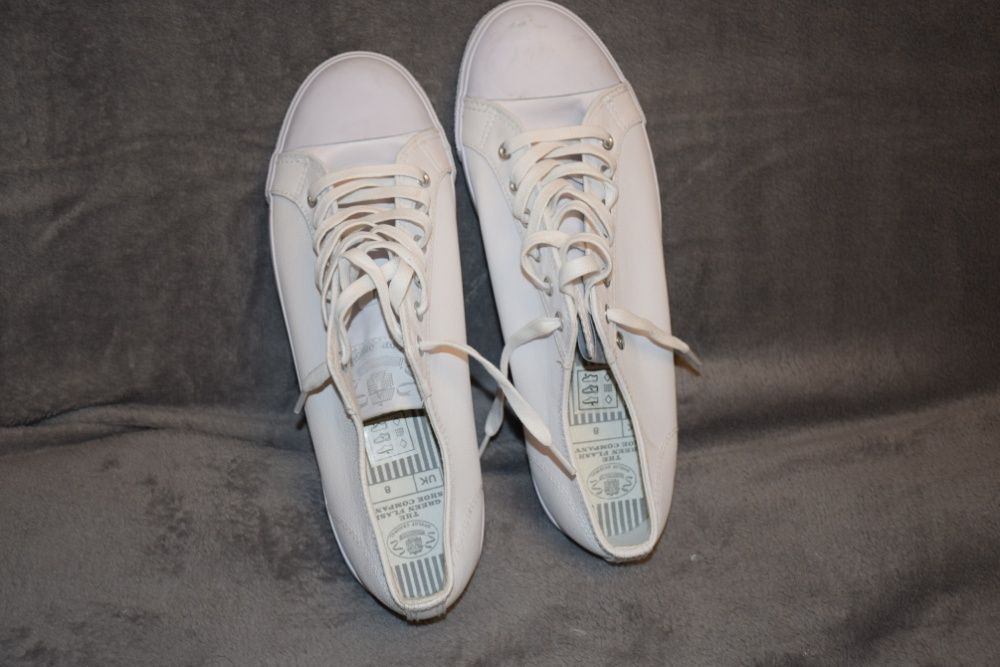 Tenisi albi Dunlop
