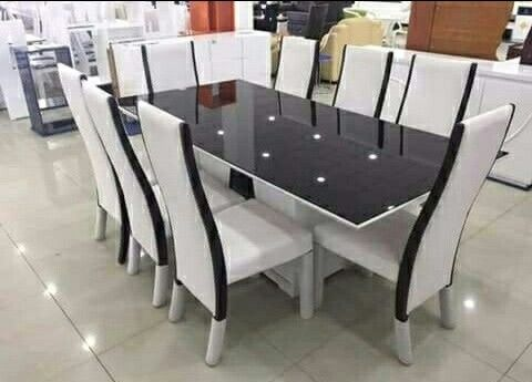 Vende-se mesa de jantar
