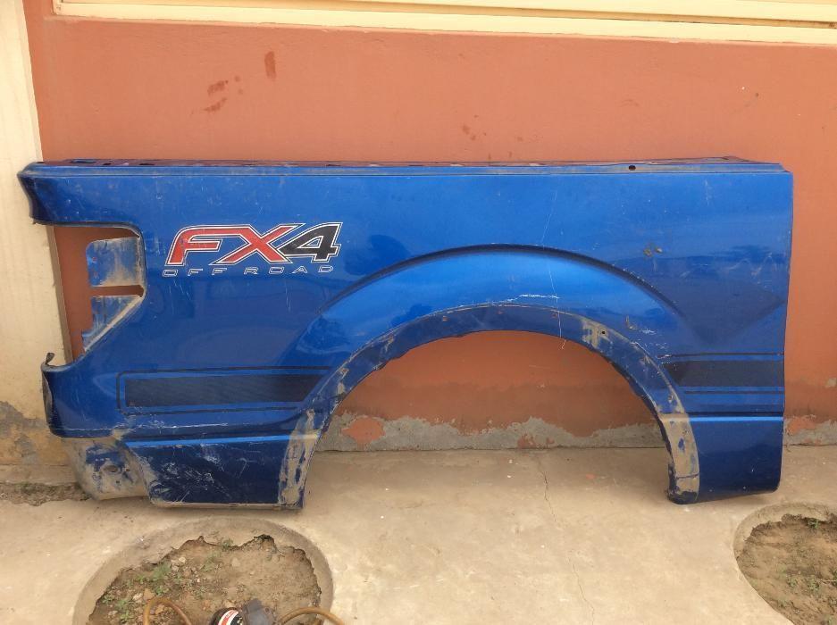 O que tens para trocar com lateral traseira de Ford 150 ??