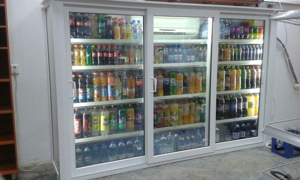Vitrina frigorifica din pvc cu sticla termopan