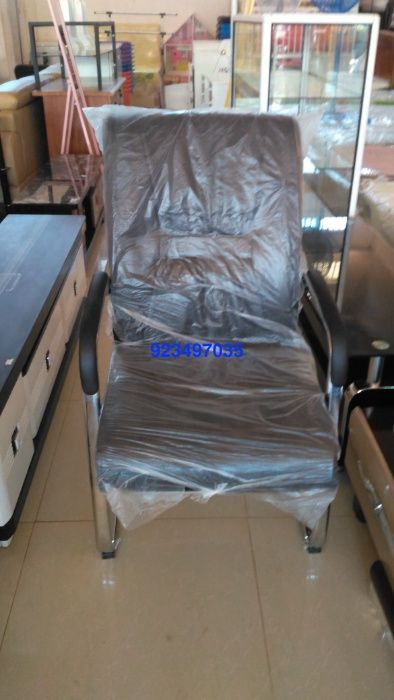 cadeira fixa super confortavel produto novo com directo entrega e mon