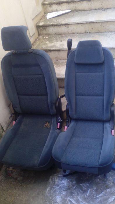 Трети ред седалки за Пежо 307 Sw - под наем