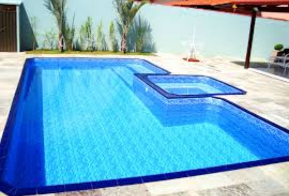 Manutenção preventiva e construção de piscinas +258842120803