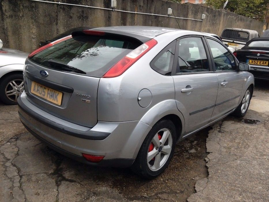 piese ford focus 2 1.6 tdci an 2006