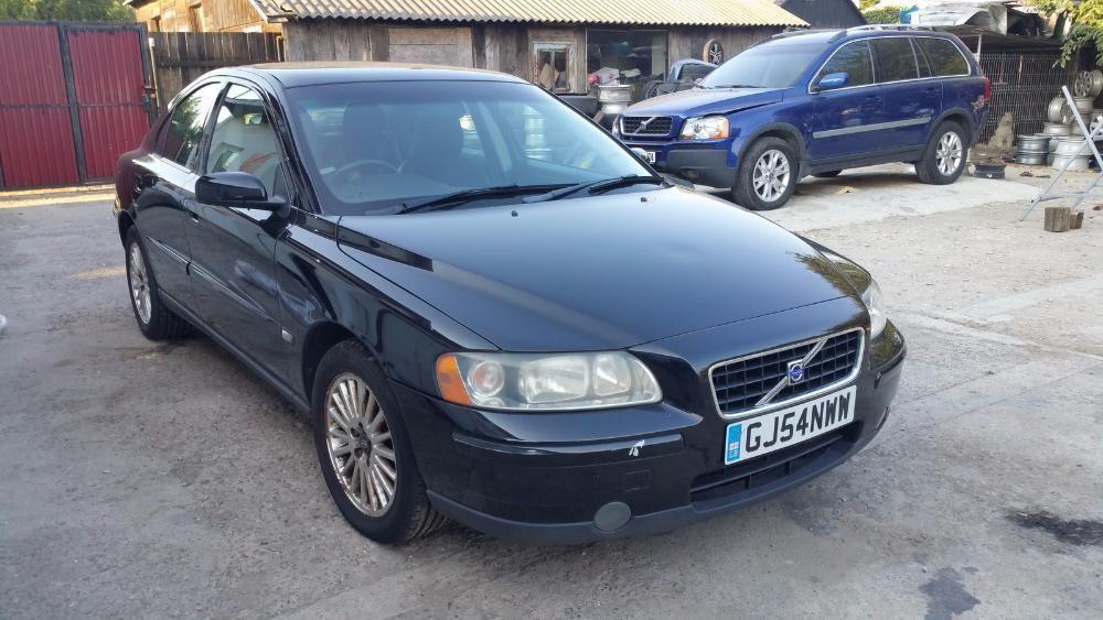 Dezmembrez VOLVO S60 2.4d 163 cai Model Facelift Din 2005