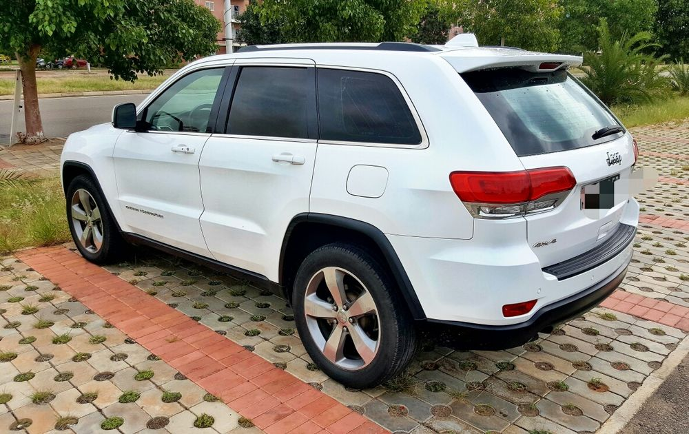 JEEP Grand-Cherokee V6 Limited