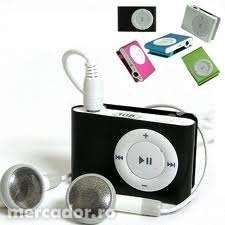 Mp3 player USB, cu casti MicroSD+ card de 4 gb