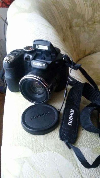 Aparat foto Fujifilm.