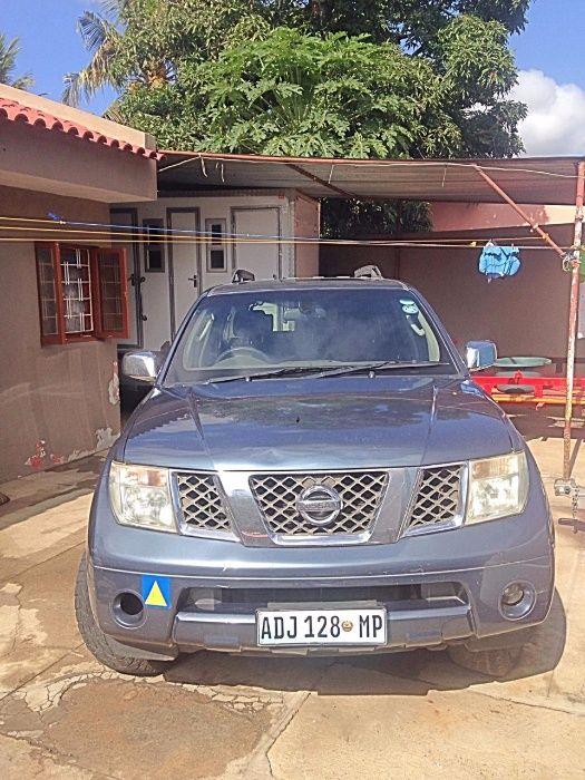 Nissan Pathfinder v8 a venda