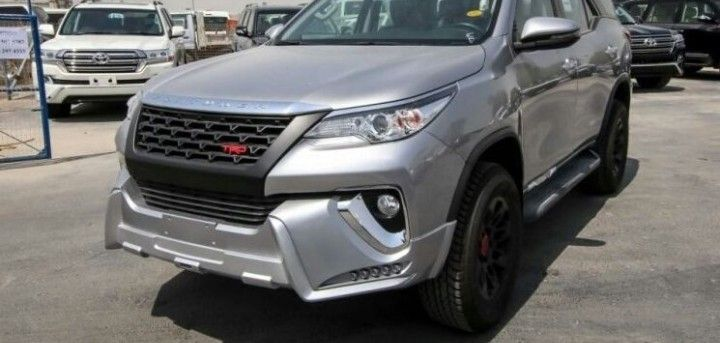 Toyot a Fortuner