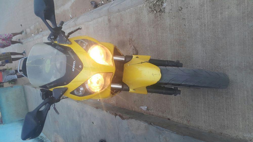 Honda cbr 150cc