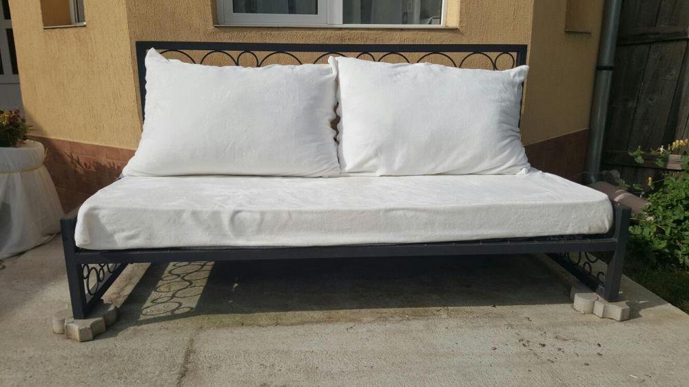 Canapea de gradina din fier