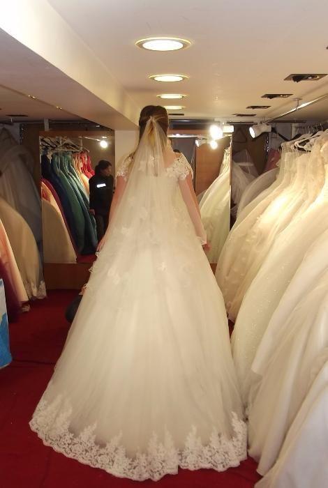 Булчинска (сватбена) рокля