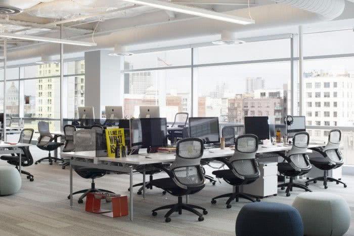Rentabilidade Garantida. Vende-se escritórios arrendados.