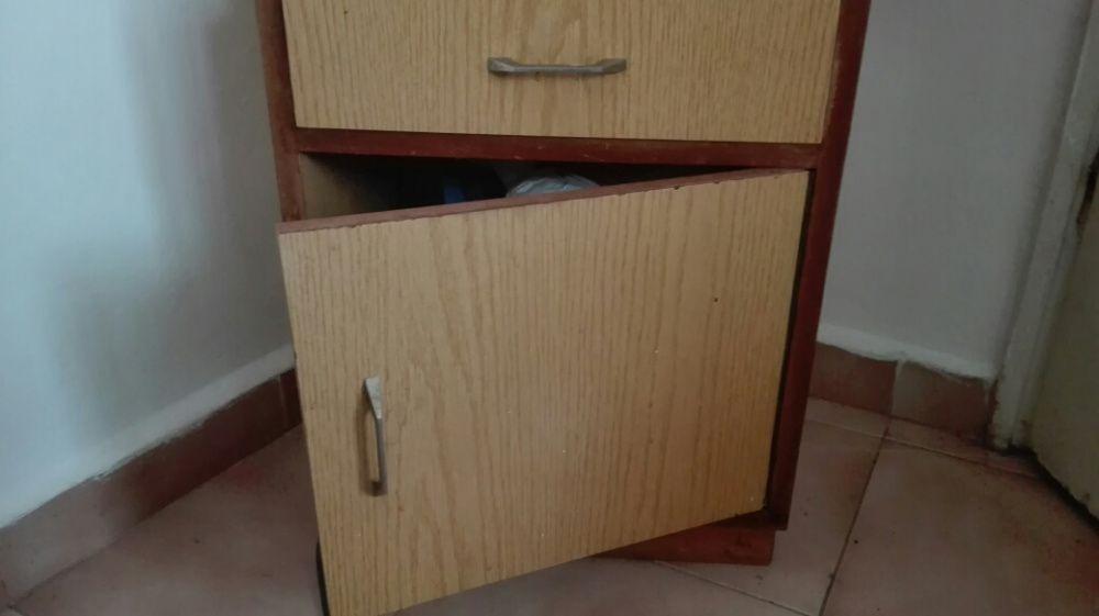 Класическо шкафче с чекмедже - промо цена