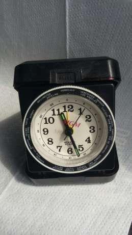 Ceas de voiaj cu alarmă, quarț