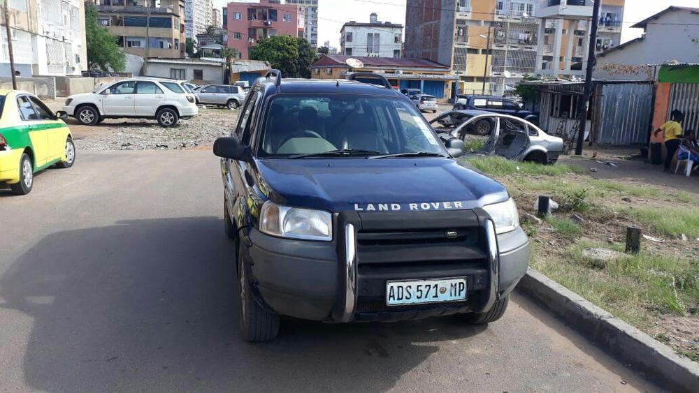 Vende se Land Rover valor 185,000 ligue já