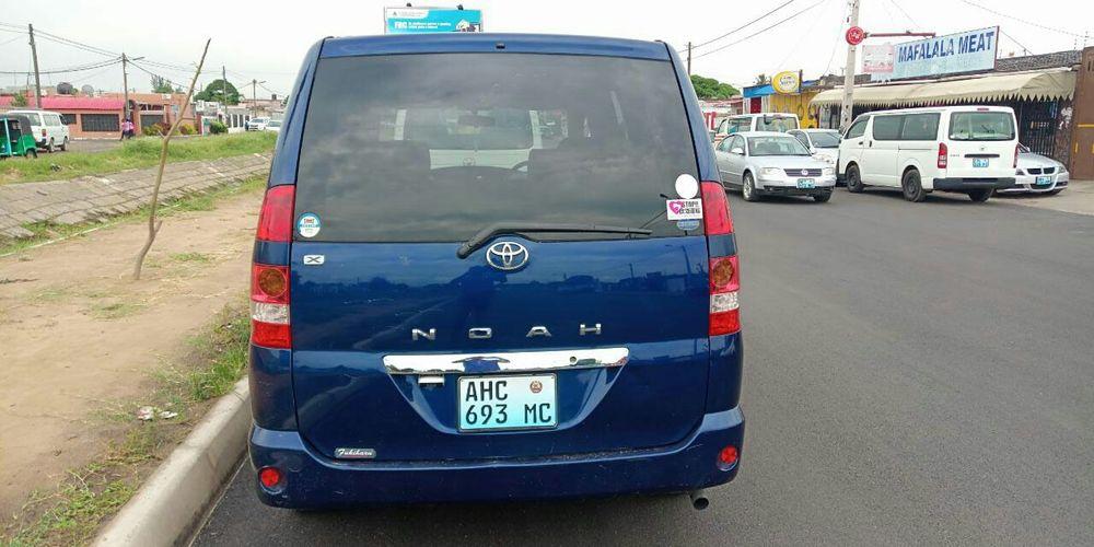 Toyota noah Bairro Central - imagem 3