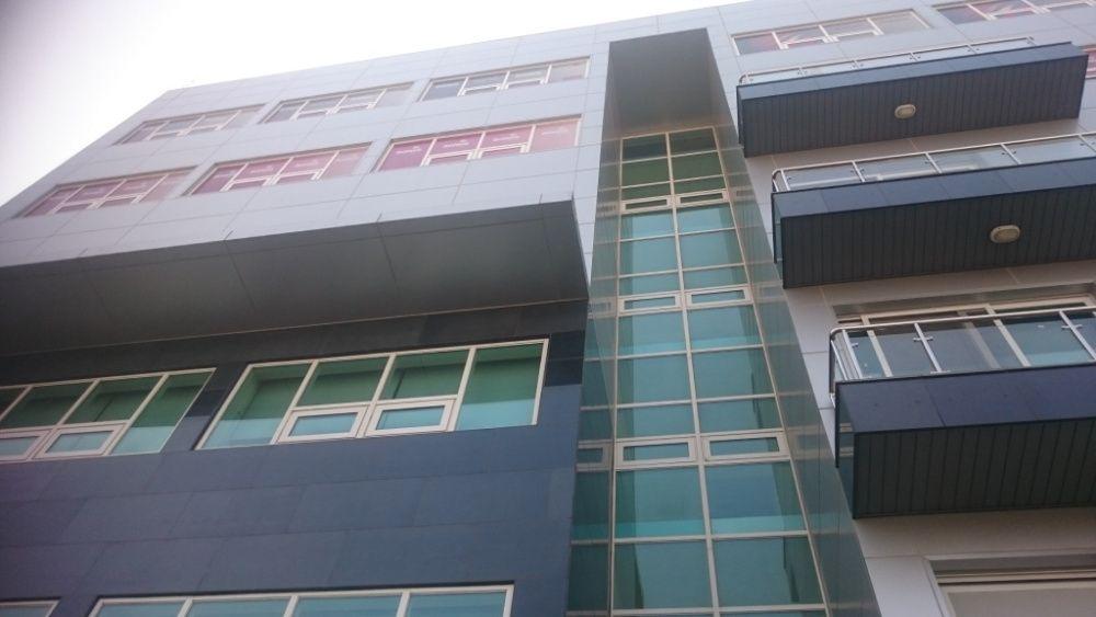 Arrenda-se Escritório de 232 m2 em Talatona