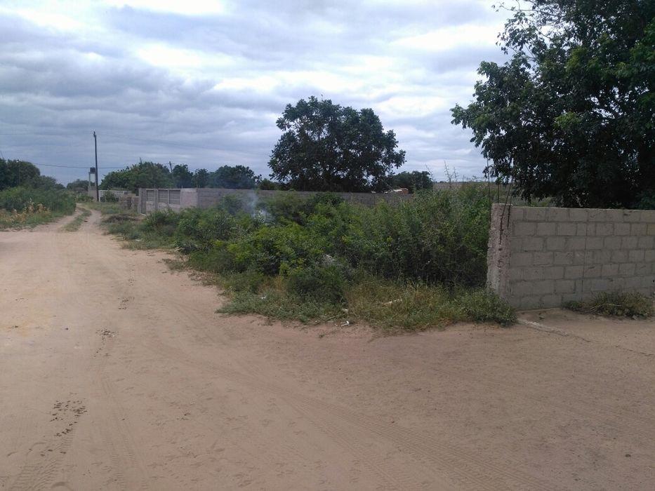Vende se terreno tchumene2 20/40 zona estaleiro bondiana.