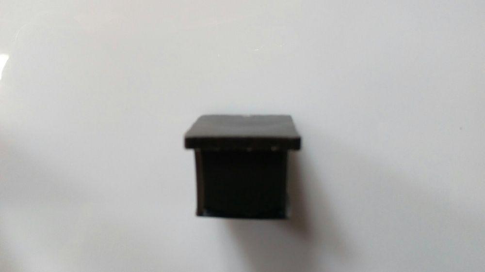 Заглушки пластиковые для труб и мебели 20х20 внутренняя