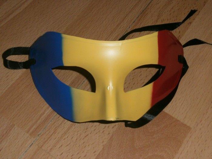 Masca tricolor masca carnaval