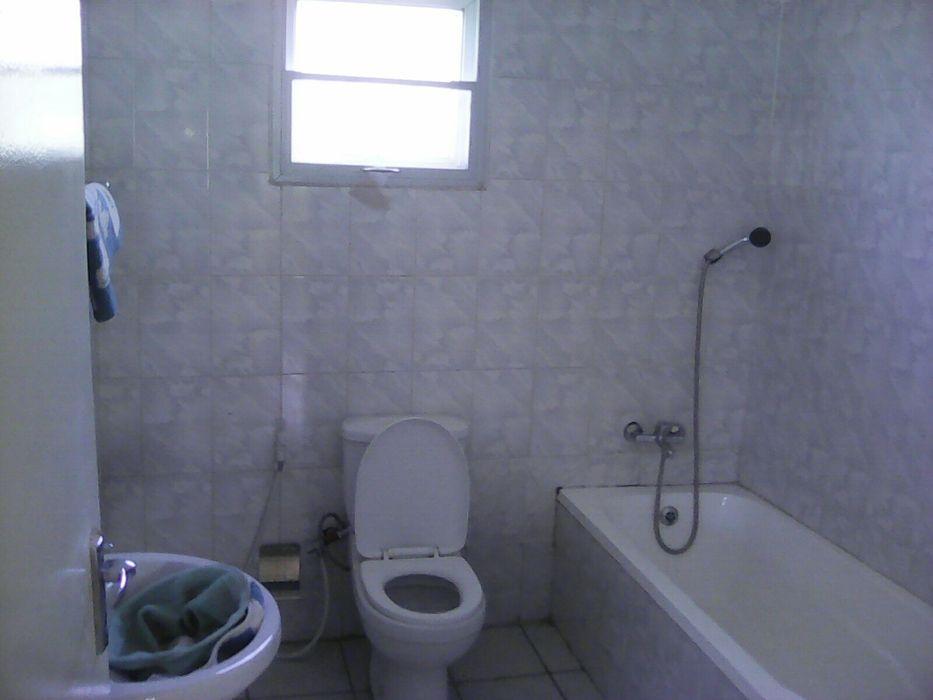 Vendo-se esta casa em malhatsene no condominio Cidade de Matola - imagem 5