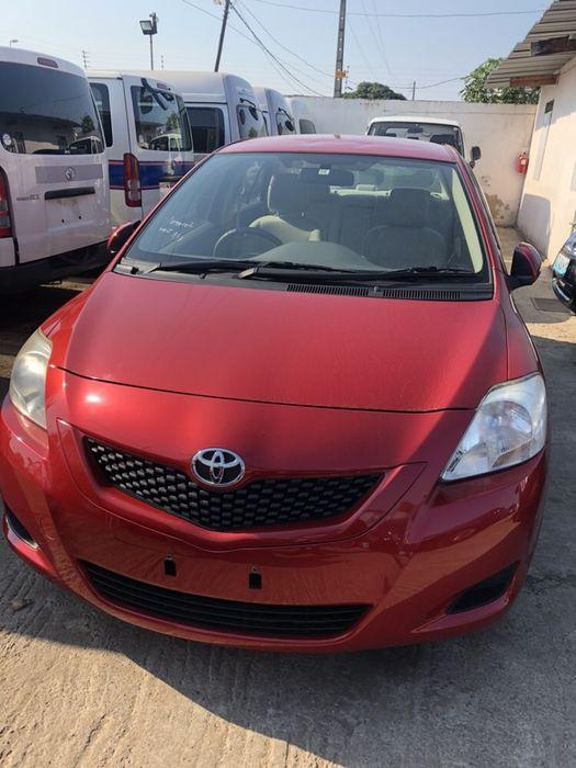 Toyota Belta/ 2010/ acaba de chegar