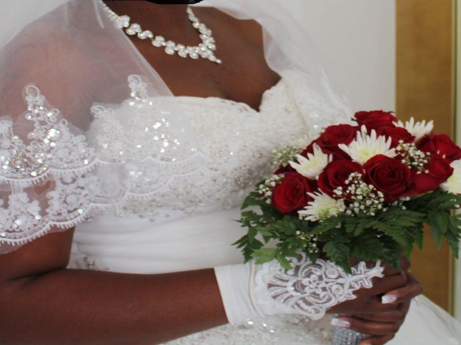 Vendo vestido de noiva princesa Polana - imagem 1