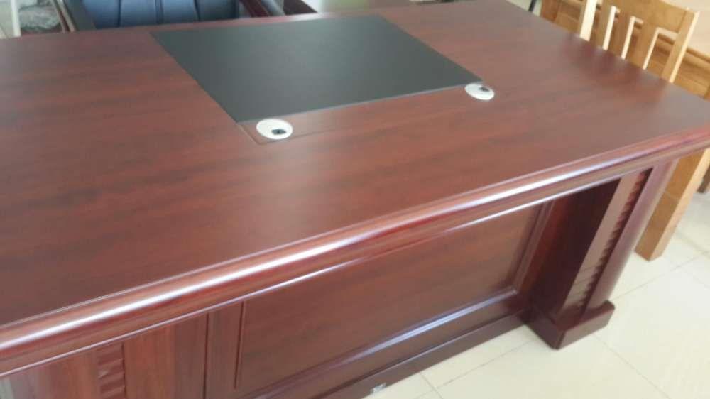 Conjunto para gabinete executivo. Produtos novo na caixa.