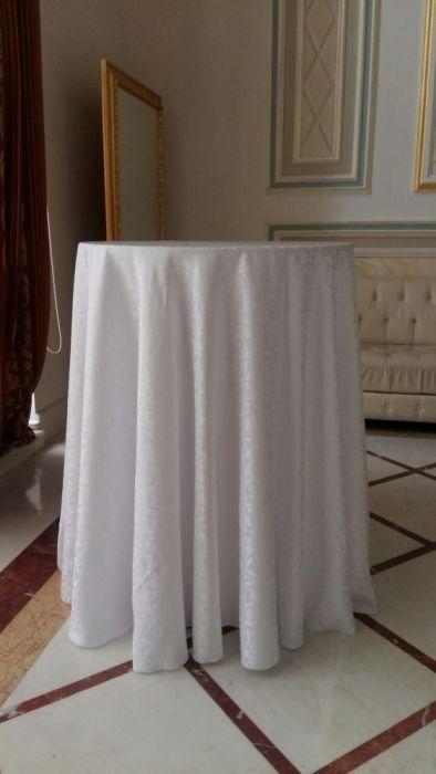 Аренда фуршетных столов, в Астане. Стулья и столы.