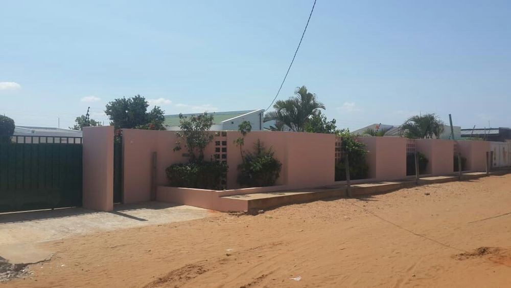 Grande oferta casa tipo3 com piscina na cmc perto da escola Magoanine - imagem 2