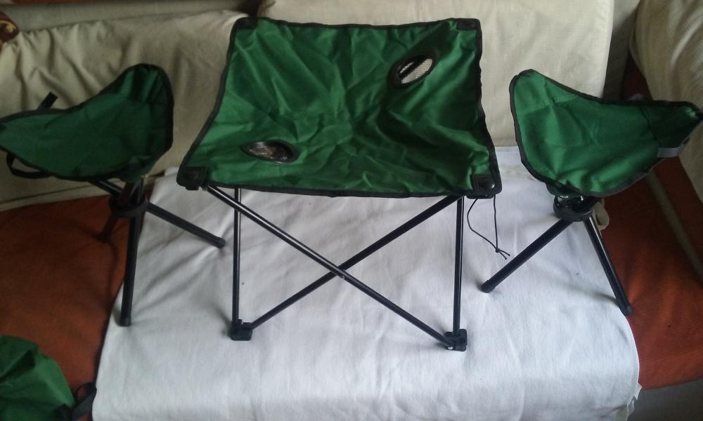 Set nou camping/ pescar masuta + 2 scaune, pliabile, dim. 48x48x40cm