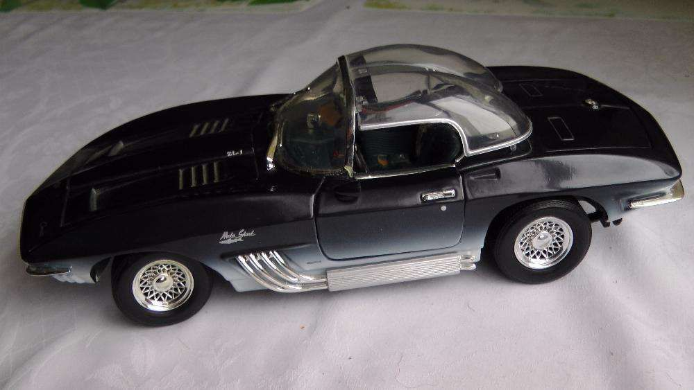 Macheta Chevrolet Corvette Mako Shark 1961