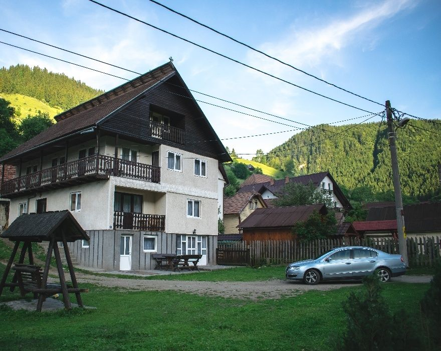 Regim hotelier  hoteluri/pensiuni Brasov, Moieciu de Sus