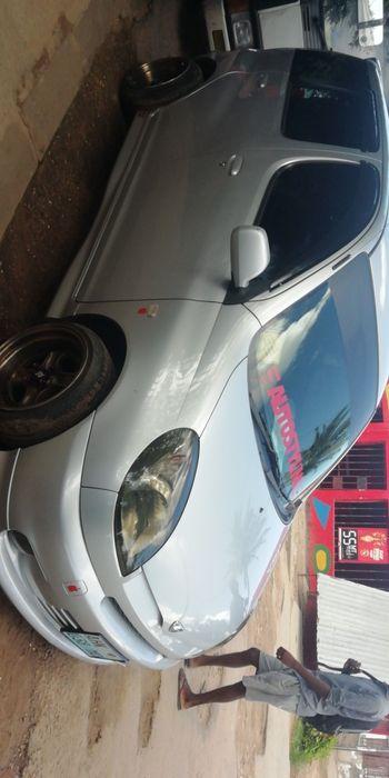Toyota funCargo super limpo