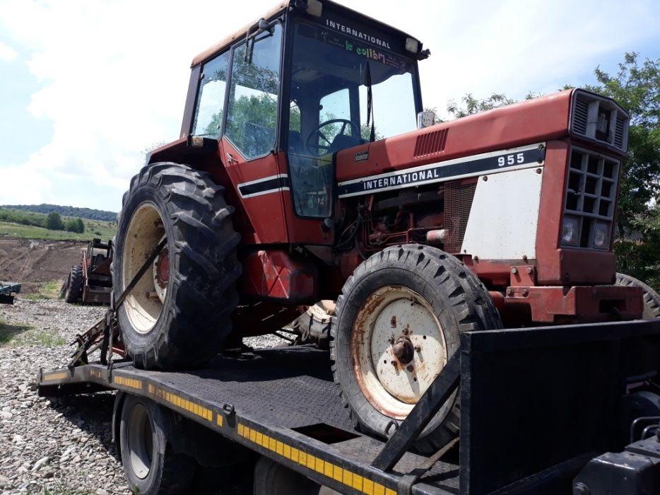 Dezmembrez Tractor Case Internațional 955
