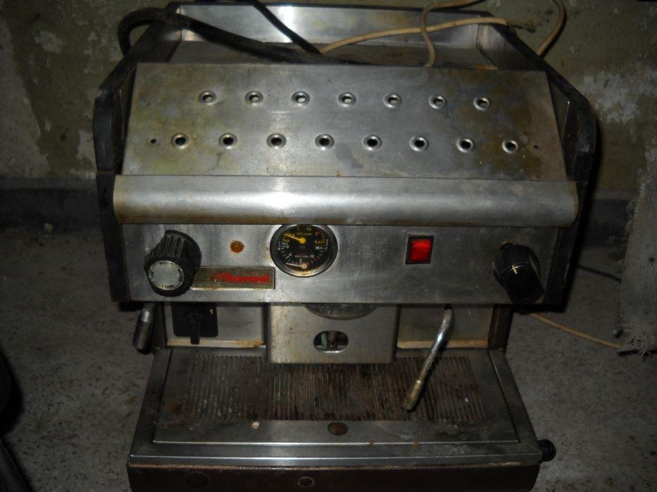 КАФЕМАШИНА. Професионални кафемашини