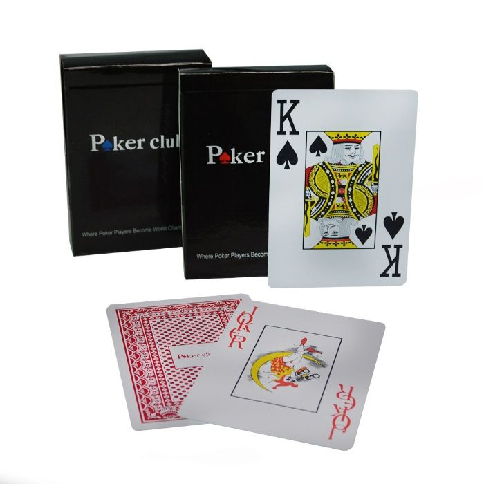 Carti poker din Plastic Poker Club