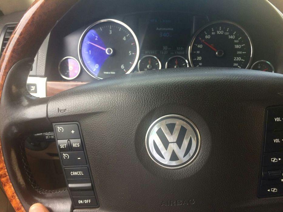 Tuareg carro de qualidade sem problemas ..a bom preço..