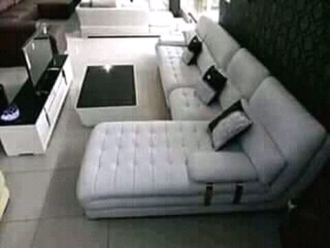 Vende-se sofa L com a mesa do Centro