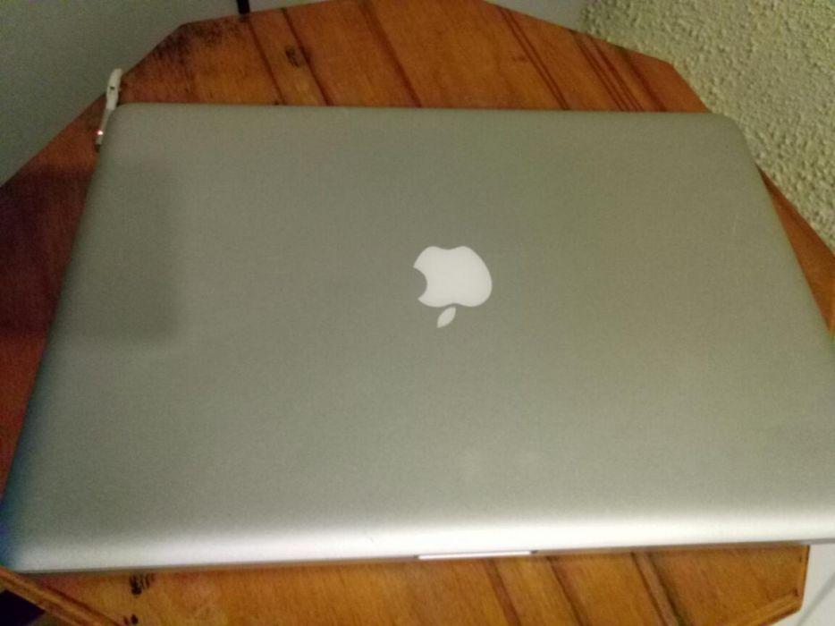 Laptop MacBook Pro, I7