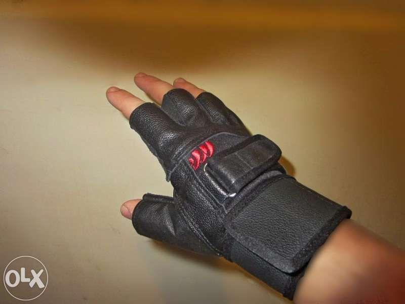 Нови кожени ръкавици за фитнес