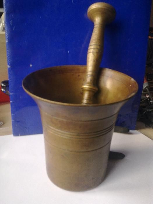 vand mojar cu pistil bronz masiv