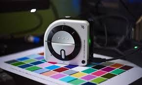 Calibrez monitoare/display laptop/ Imprimante - X-rite I1 Studio